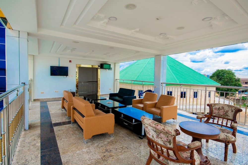 Terrace/Patio, Immaculate Golden Hotels Limited