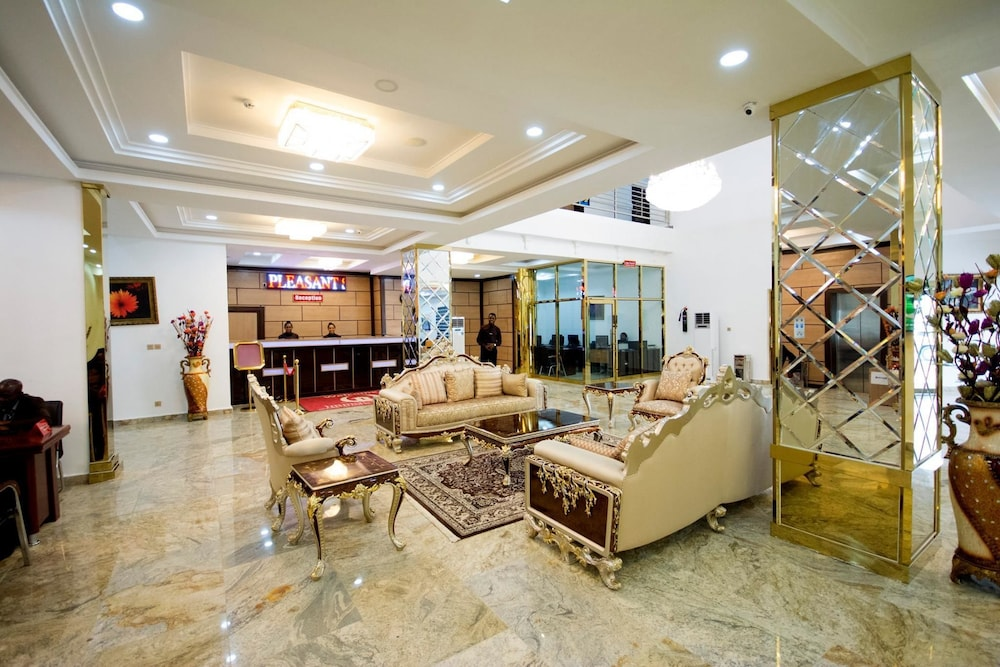 Lobby Sitting Area, Immaculate Golden Hotels Limited