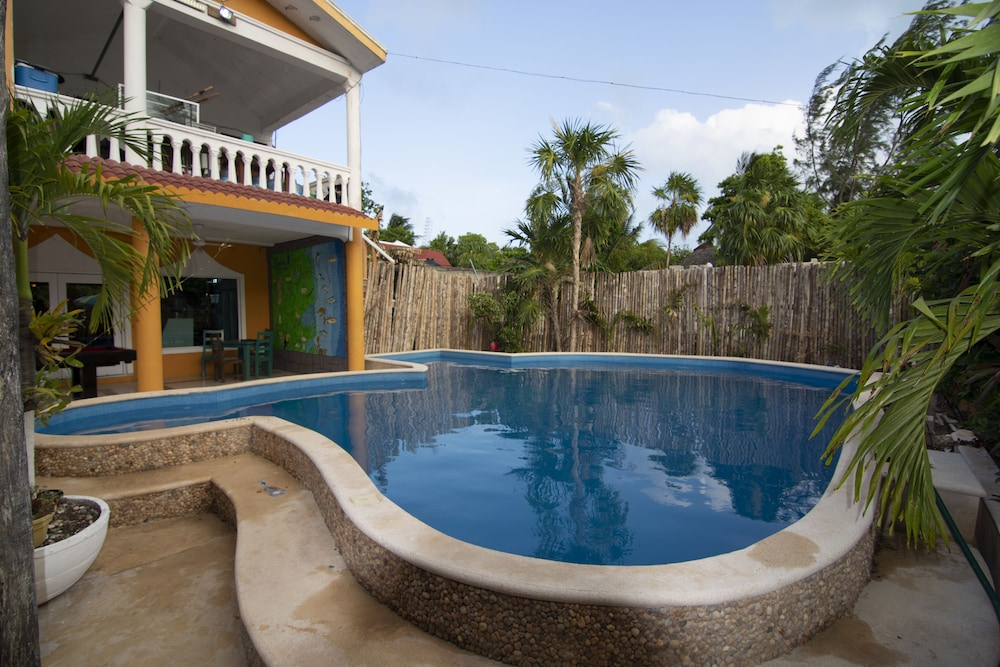 4b0cdd31355b Fisherman Lodge in Punta Allen | Hotel Rates & Reviews on Orbitz