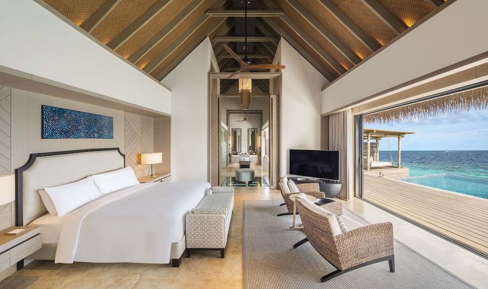 Room, Waldorf Astoria Maldives Ithaafushi