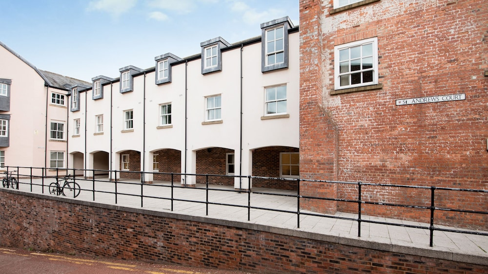 St Andrews Court In The Heart Of Durham City Centre And Close To