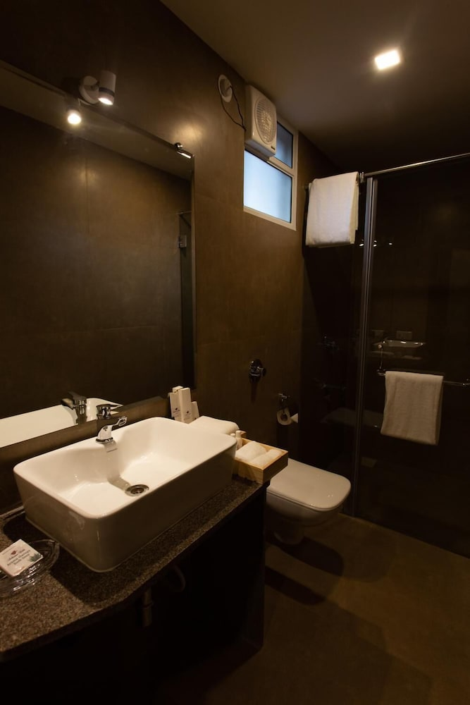 Bathroom, Hotel Anthurium Circle