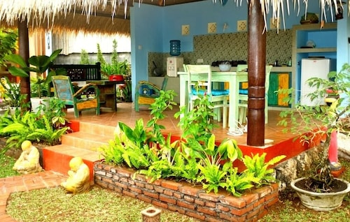Villa Nusa! Bubble and it Explodes! With Reasonable Prices!