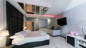 2 camere, una cassaforte in camera, tende oscuranti, insonorizzazione
