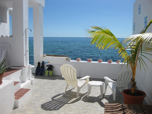 Paradise Found - Two Bedroom/two Bath Oceanfront Townhouse