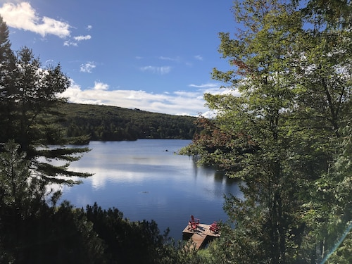 New! Lakefront Retreat on Beautiful Lac Echo!