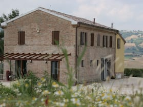 Ca' Del Cardo Bed & Breakfast