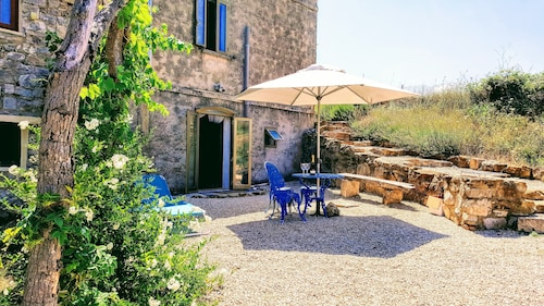 A Beautifully Restored Cosy Stone Farm House, With Views, Terraces and bbq