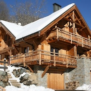 Holiday Chalet I Alpine Mountain Village