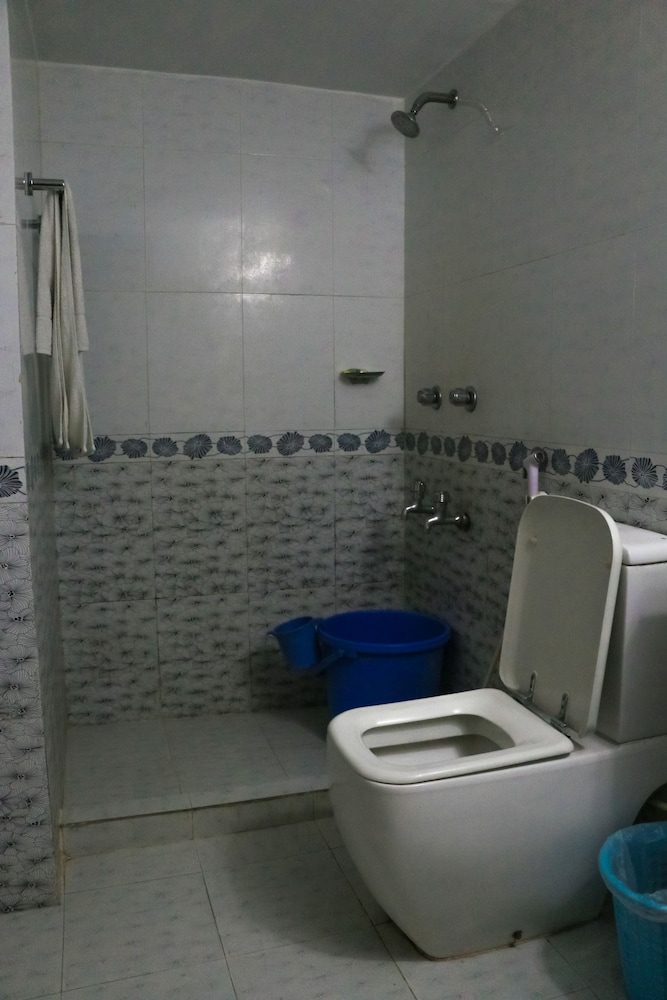 Bathroom, HOTEL THE RAHMANIA INTERNATIONAL