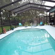 TWO Bedroom Heated Pool Home - Free Cable AND Wi-fi