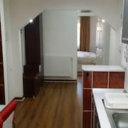 Honey Apartment in Hunedoara
