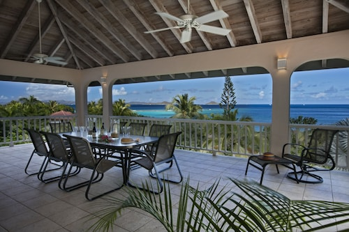 Adagio Villa at Mahoe Bay