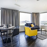 Dockside Apartments at Excel