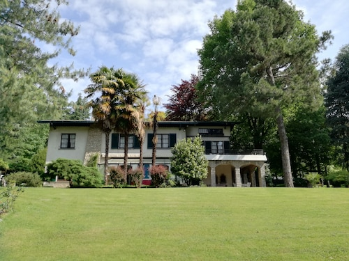 Villa Sofia, between Como lake and Milan