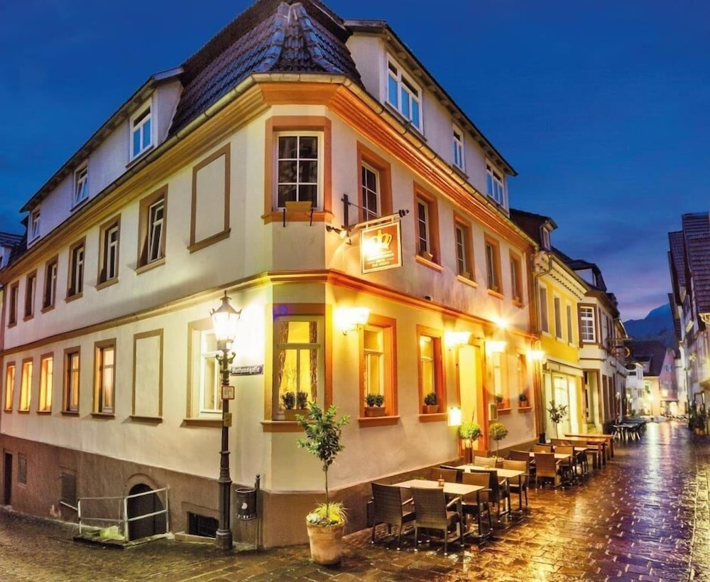 Hotel zur Krone in Hirschhorn | Hotel Rates & Reviews on Orbitz