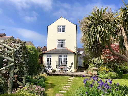 Mulberry Cottage - Cowes