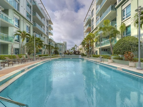 Great Place to stay #modern Condominium - Central Tampa near Tampa