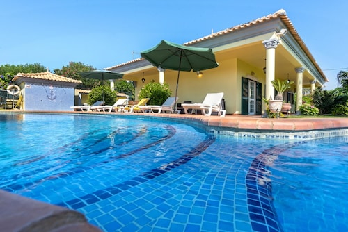 Villa With 2 Bedrooms in Almancil, With Private Pool, Enclosed Garden and Wifi - 3 km From the Beach