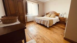 4 bedrooms, premium bedding, individually decorated