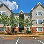 Your Home Away From Home Convenient to RTP / Brier Creek / RDU / Raleigh /durham