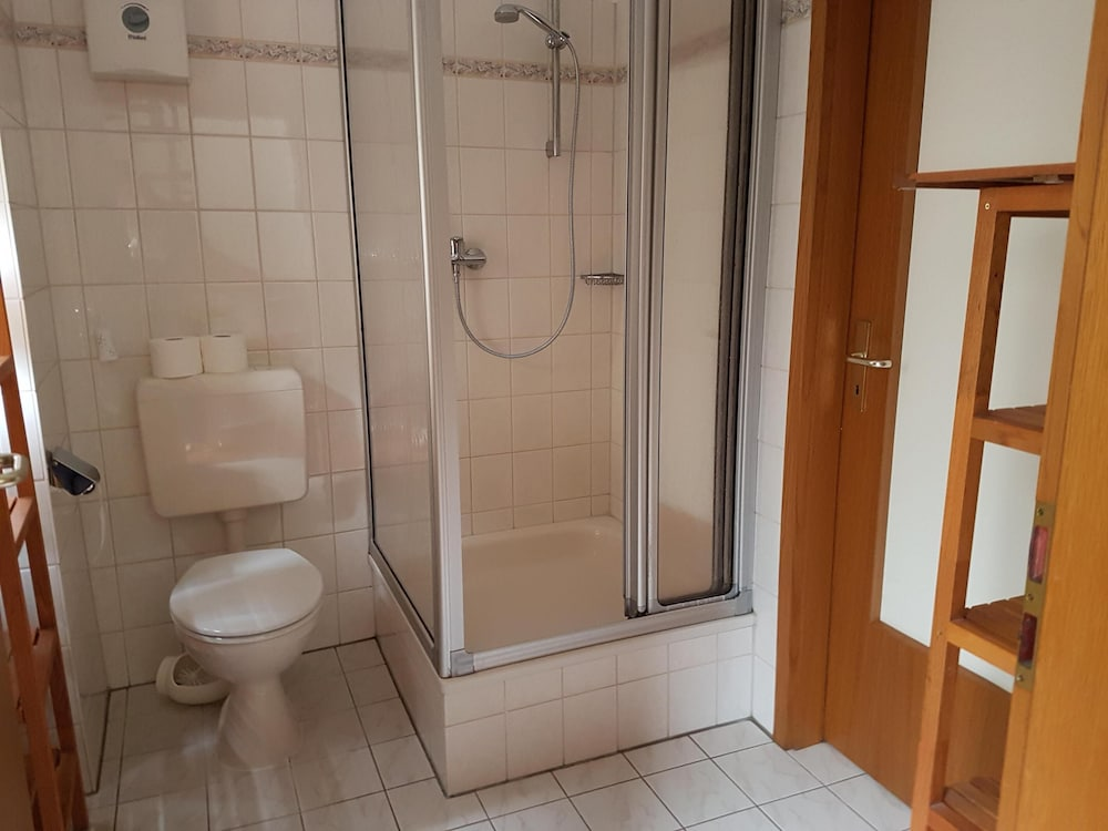 Bathroom, Holiday apartment with a beautiful view of the Moselle