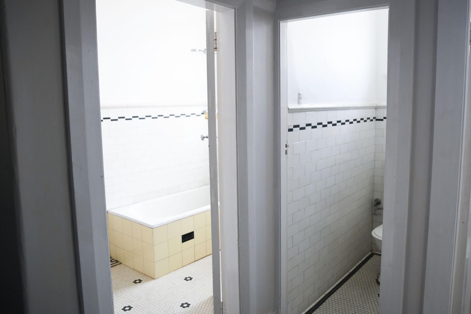 Twin Room, Shared Bathroom