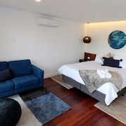 Luxury, Spacious Studio Accomodation in the Heart of Pemberton