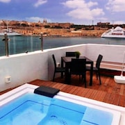 Senglea Studio Penthouse With the Summer Pool With sea View