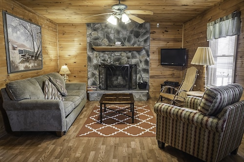 Best Cabins In Fayetteville For 2020 Find Cheap 59 Cabins