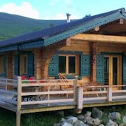 Chalet Rus. Luxury log Cabin With all Your Creature Comforts