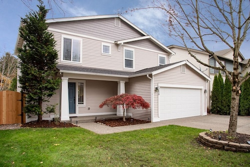 Beautiful Maple Valley Home, Near Eastside, Renton, Near Hw18 & Seatac Airport