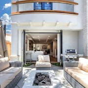 Villa Acacia: Luxury Villa in Corona Del Mar