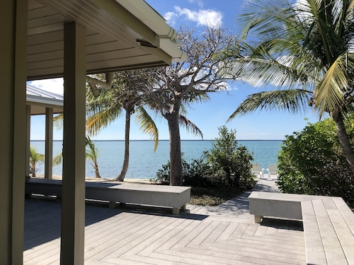 Idlewild South as Seen on Hgtv Bahamas Life, 17 Ft. Rental Boat Included!