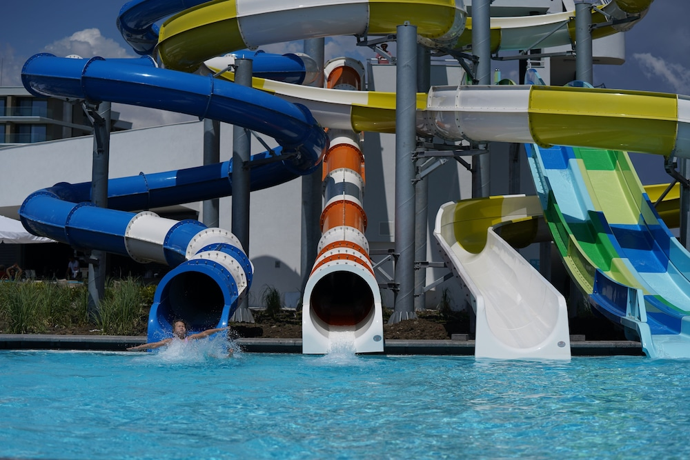 Waterslide, Wave Resort – Ultra All Inclusive