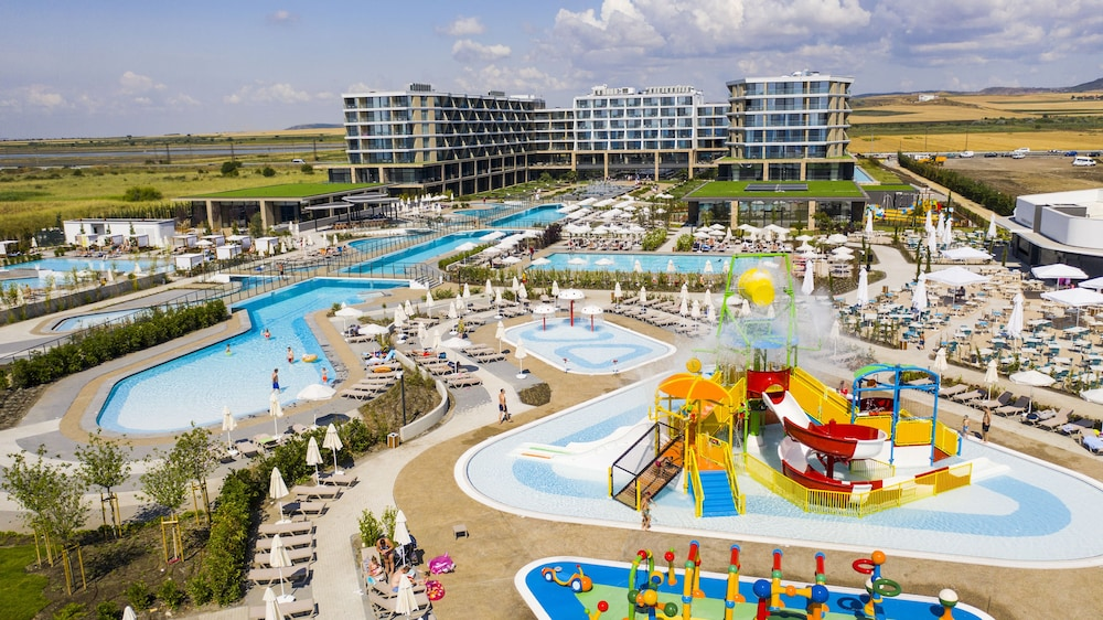 Featured Image, Wave Resort – Ultra All Inclusive