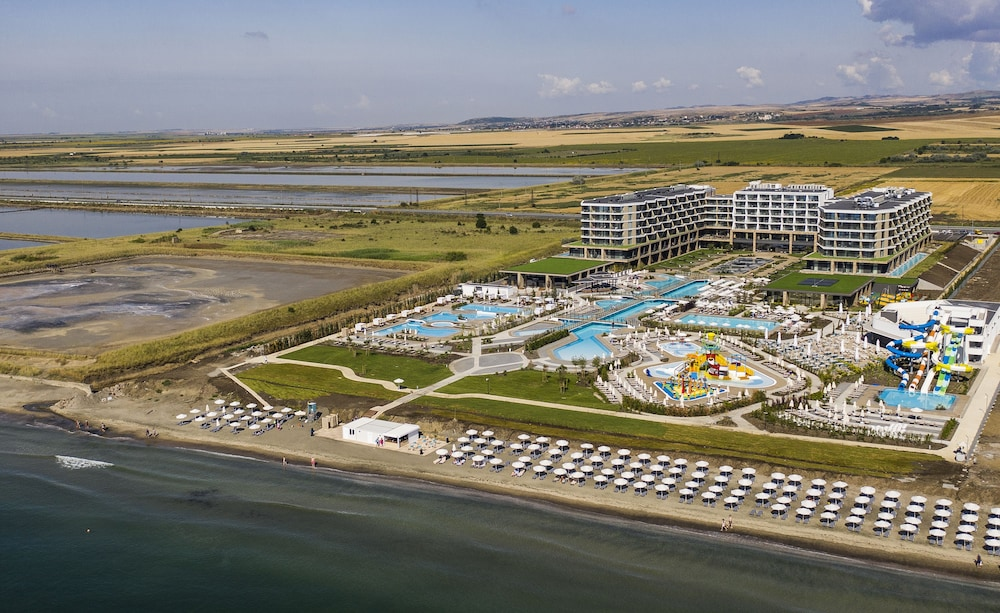 Ecotours, Wave Resort – Ultra All Inclusive