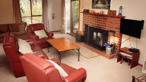 Flat-screen TV, fireplace, DVD player, table football