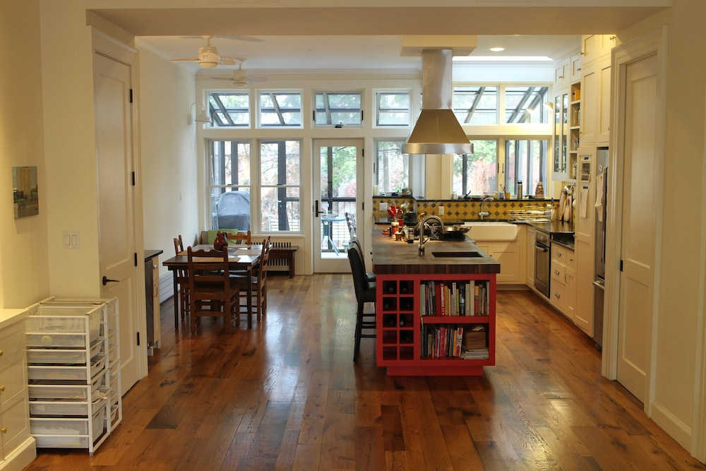 Stunning 3 Bedroom Park Slope Brooklyn House With Garden Great