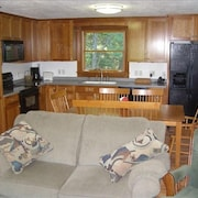 Cool 4BR / 1 BA Family Getaway Near Maine's Best Ocean Beaches