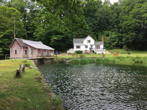 Case Mill-secluded Berkshire Farmhouse, Mill, Pond, Waterfall, 28 Acre Forest