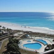 Completely Renovated!! Edgewater #1304 - Gorgous View!!! Free Beach SET UP