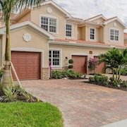 New Bonita Springs Condo Located Close To Naples, Beaches, Dining And Shopping
