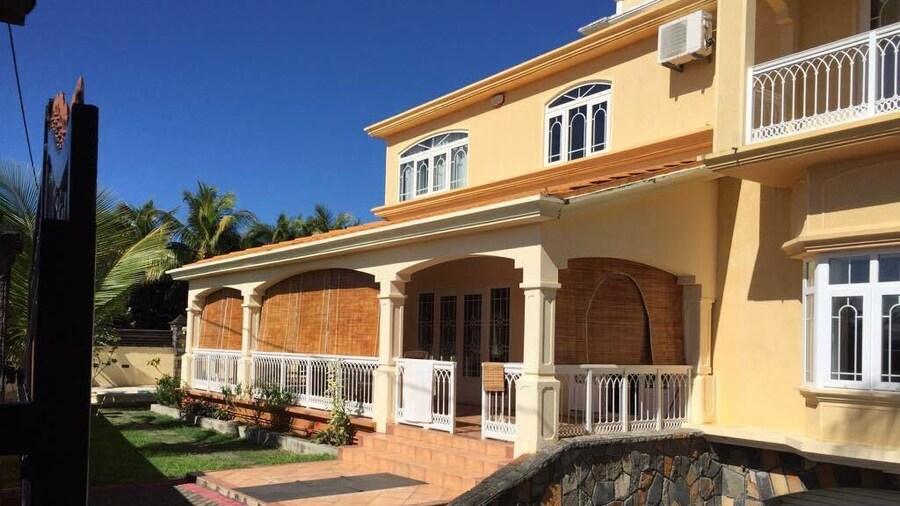 Villa Sarbel
