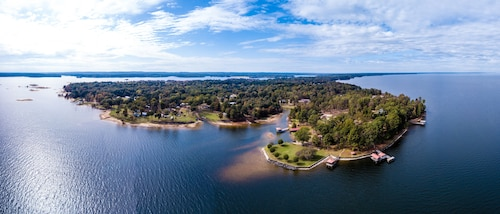 Great Place to stay Toledo Bend Lakefront Cabin Near the Chicken Coop, With Private Boat Launch near Milam