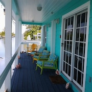 You'll Love This Super Nice 2/2 With Free Dockage Golf Cart Rentals Aval. Wifi