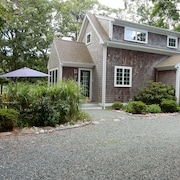 Beautiful 2 Bdrm Adjacent to the Wellfleet Wildlife Sanctuary
