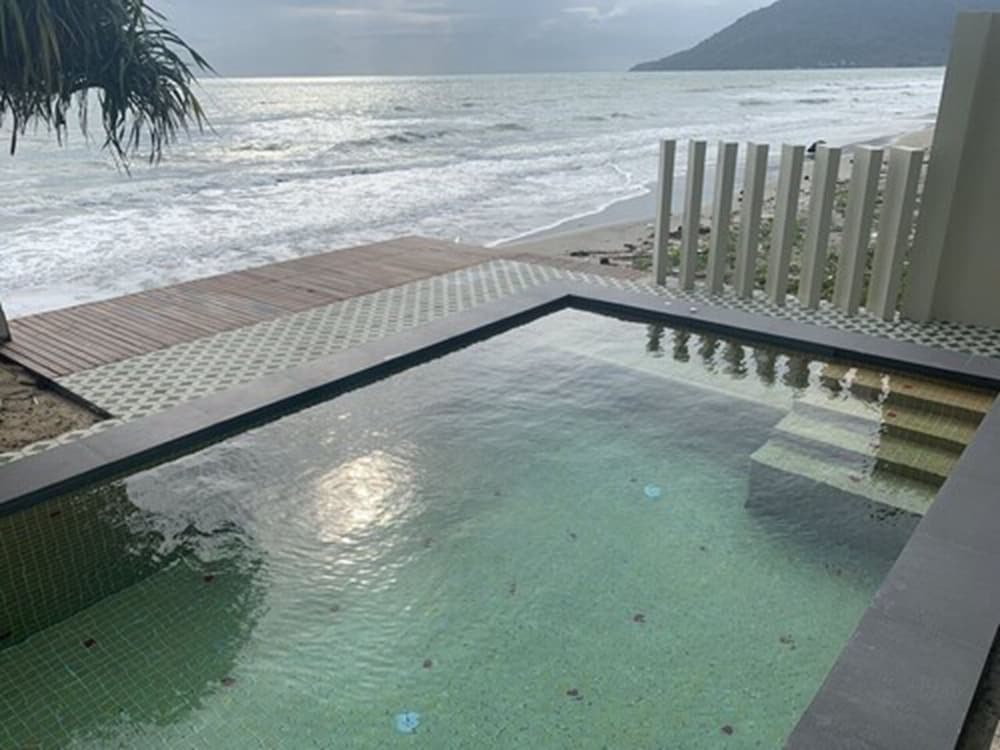 Private Pool, Wis Beach Khanom
