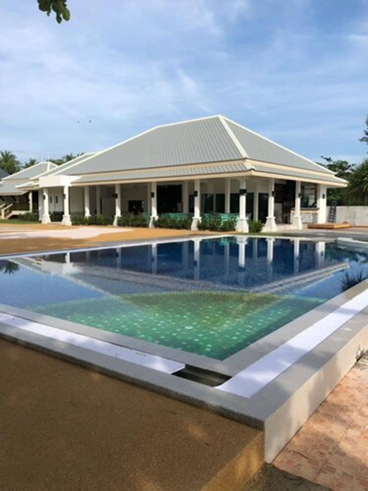 Meeting Facility, Wis Beach Khanom
