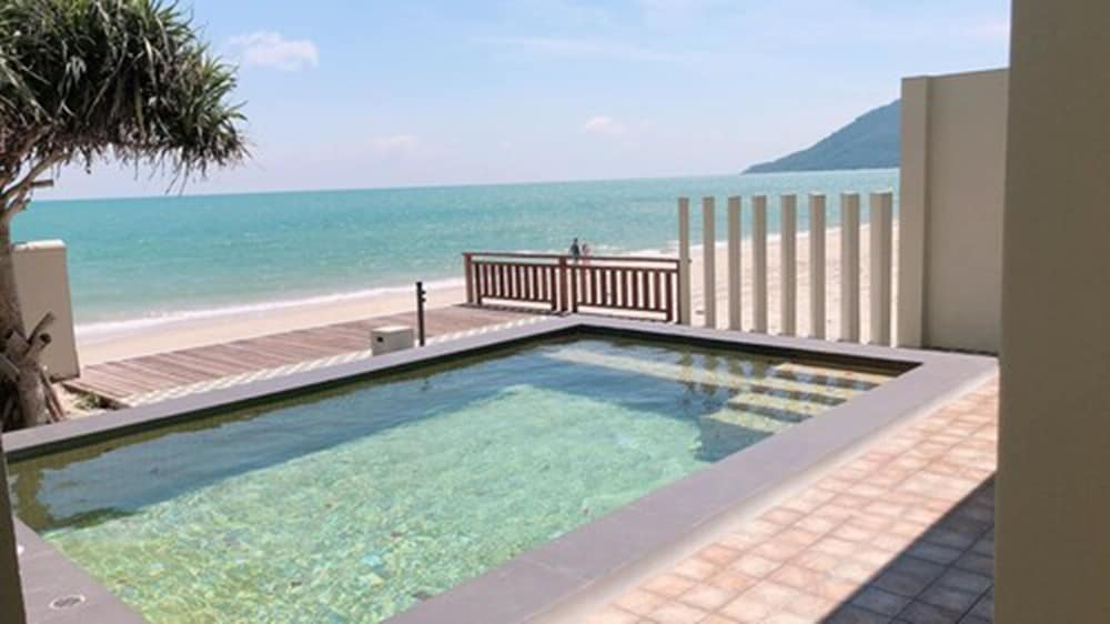 Water view, Wis Beach Khanom